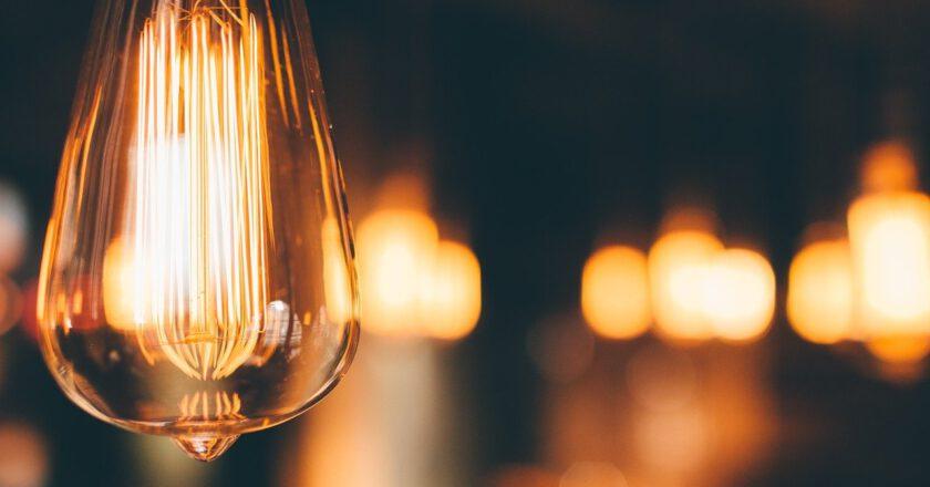 Kolekcja MAHE LED – mobilne oświetlenie zewnętrzne